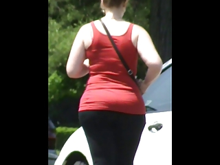 Big Booty Red Head Whooty