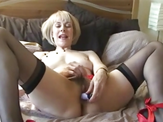 Sexy British Mature Teasing In Stockings