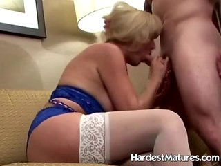 Granny deep throat in sexy lingerie