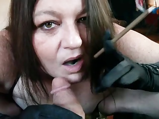 Hot BBW Cougar in Sexy Lingerie Smoking BJ