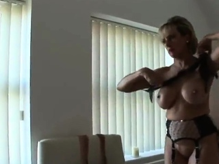 Cheating british mature lady sonia shows off her big boobies