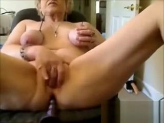 Grown up dabbler chunky floosie anal coupled with blowjob