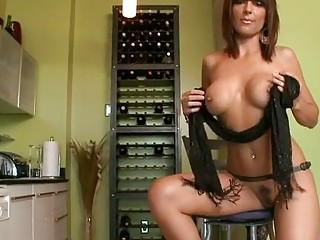 Stunning mature honey gives fine cock riding