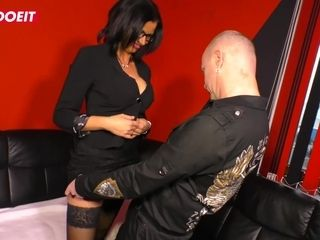 LETSDOEIT - warm cougar Gets lured and romped stiff By Her chief
