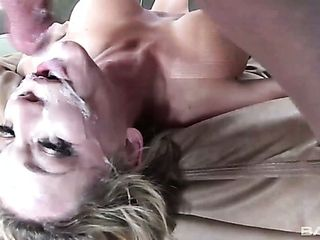 Suck sucky-sucky performed by pallid light-haired head Nikki Sexx is epic