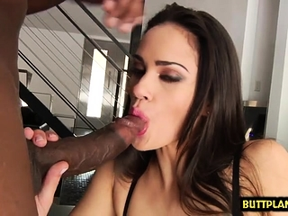 Brown-haired adult movie star gonzo with facial cumshot