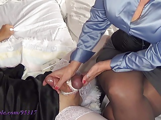 Cum One More Time 4 Mommy