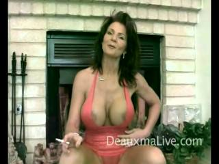 Deauxma smoking 1