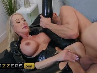 Brazzers - Big tit Latex milf Brandi Love craves younger big dick