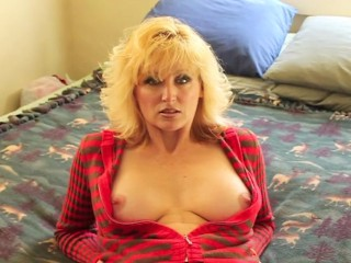 Mrs DEVONSHIRE Pop your cock in my mouth