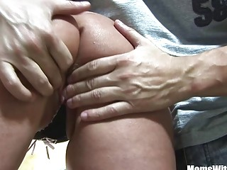 Mouth Fucked Blonde MILF Lindsay Foxx Facial