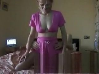 Bush-league Hot gloominess get hitched Blowjob