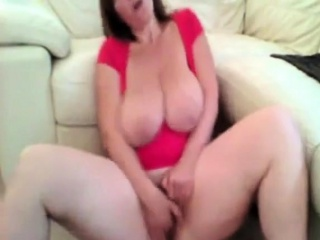 Montse mature phat hooters cam demonstrate