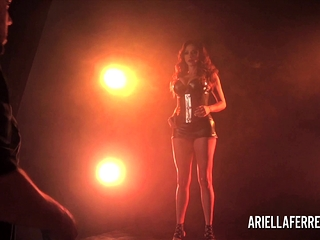 Behind-the-gigs erotic shoot with Ariella Ferrera