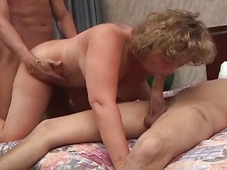 Curly mature anal threesome with DP