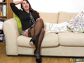 EuropeMaturE nasty Workday in the Office End Well