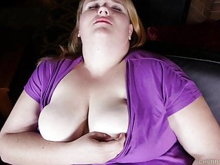 Big tits BBW babe loves to talk dirty and fuck her fat pussy