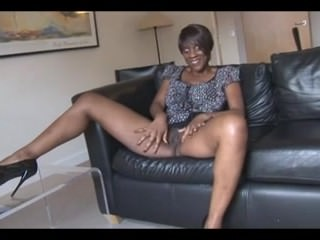 Sexy Black British MILF