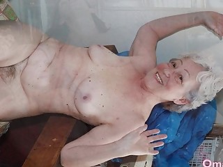 OmaHoteL Sextoys and grannie pics in Slideshow