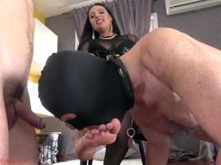 Hammer away ultimate wanking brawl private showing