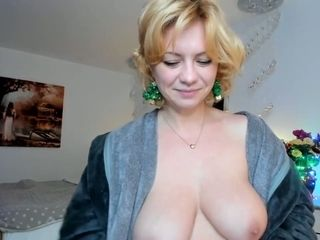 Beautiful classic busty milf is so delicious