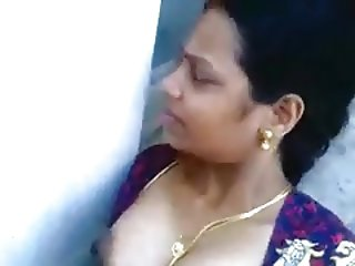 Desi aunty sucking and fucking neighbor boy