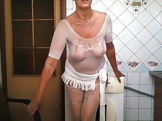 Red-hot housewife