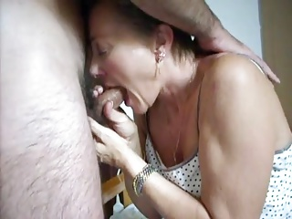 older wife sucks hubby's cock