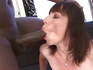 Granny gets fucked wide of diabolical baffle anal shacking up