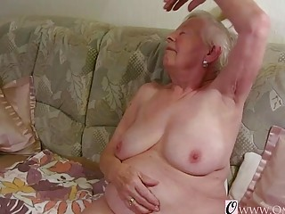 OmaGeiL almost Hundred Years aged grandmother nude