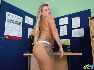 Kinky nympho with really appetizing big boobs Dolly P gonna make you hard
