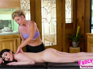 Audrey Noir gets lubricated and relishes a scorching all girl hump