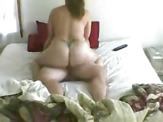 housewife riding dick