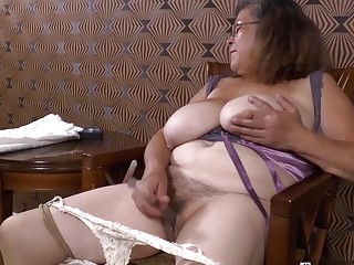 Omageil mischievous grandmother getting off her older cooter