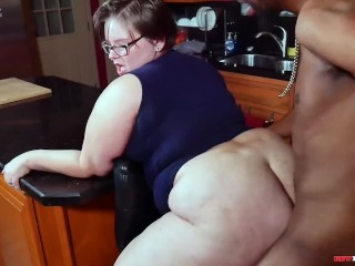 Plumper phat ass white girl wifey Lily Cassanova cheats on husband with bbc