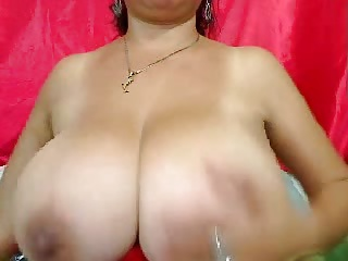 Big mature webcam boobs - Bigger