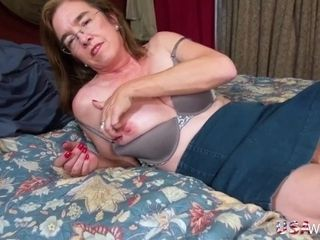 USAwives warm Solo Mature women Compilation|16::Mature,38::HD,44::Compilation