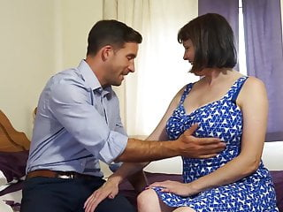 Mature huge-boobed inborn mother smashes strenuous stud