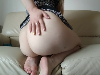 Stepmom incites her sonny to jizm on her, after aroma soles and bulls eye