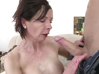 Young motherfucker fucks kinky mature mother