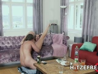 HITZEFREI German cougar Texas Patti likes it up her arse