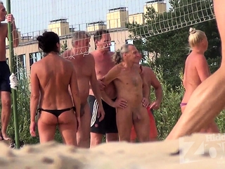 Giant cupcakes scorching without bra cougars hidden cam Beach inexperienced vid