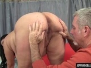 """Hot chubby mom fucked hard"""